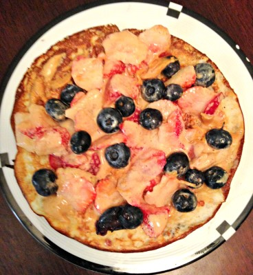 bluberry breakfast pizza
