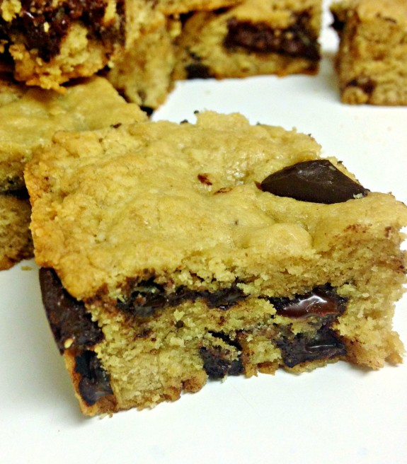 chocolate bar chocolate chip blondies