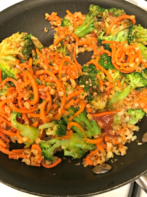 spiralized carrots and riced cauliflower