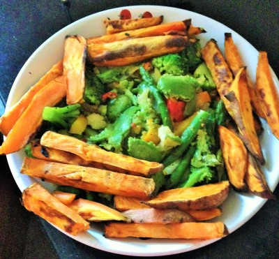 sweet potato fries with chick peas and vegetables