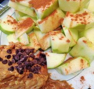 apple with peanut butter
