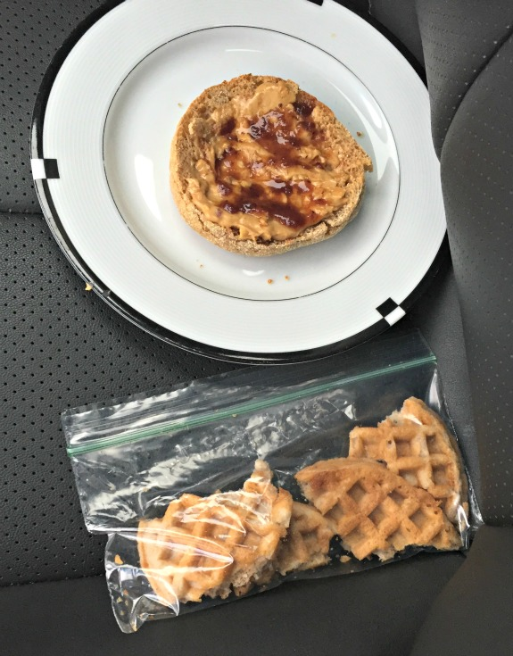 breakfast in car