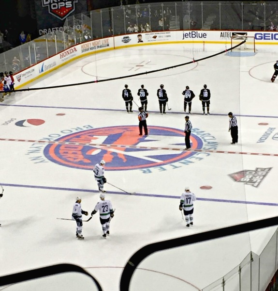 Islanders game in brooklyn