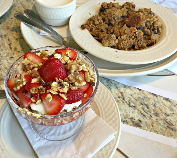 Premiere Diner baked oatmeal and yogurt parfait