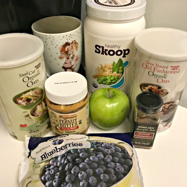 What Goes In My Oatmeal + Power Blend Salads