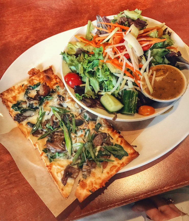 seasons 52 flatbread salad