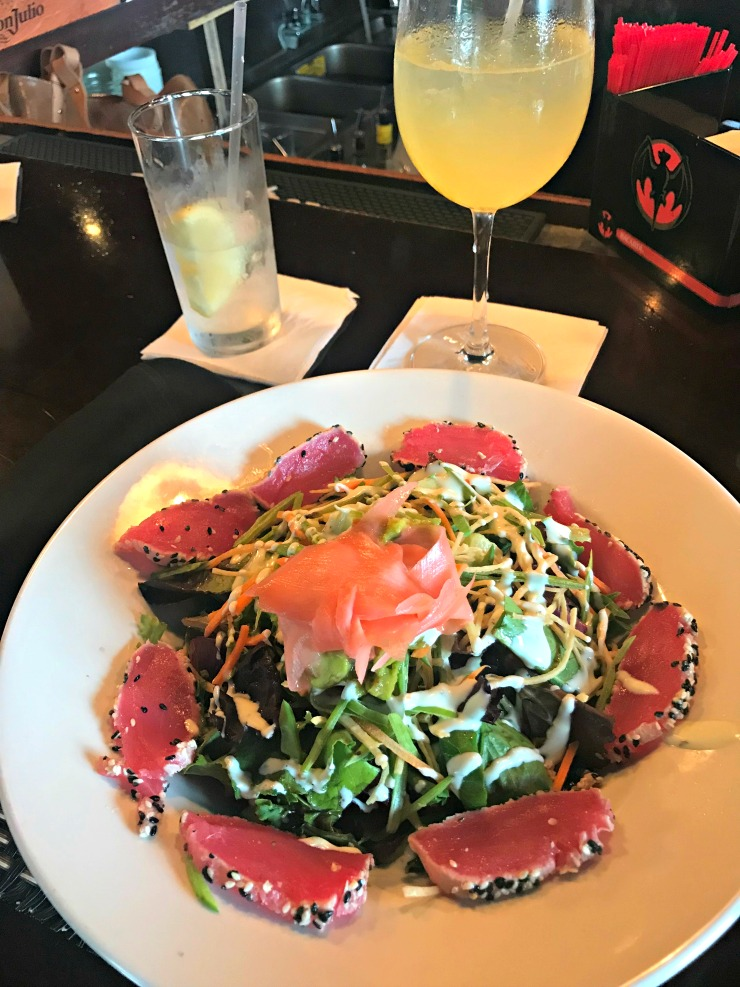 brunch ahi tuna salad